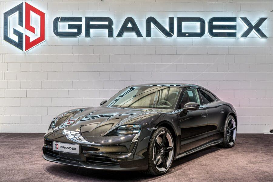 Porsche Taycan 4S*Sport Chrono*Head Up*Clubleder Beige