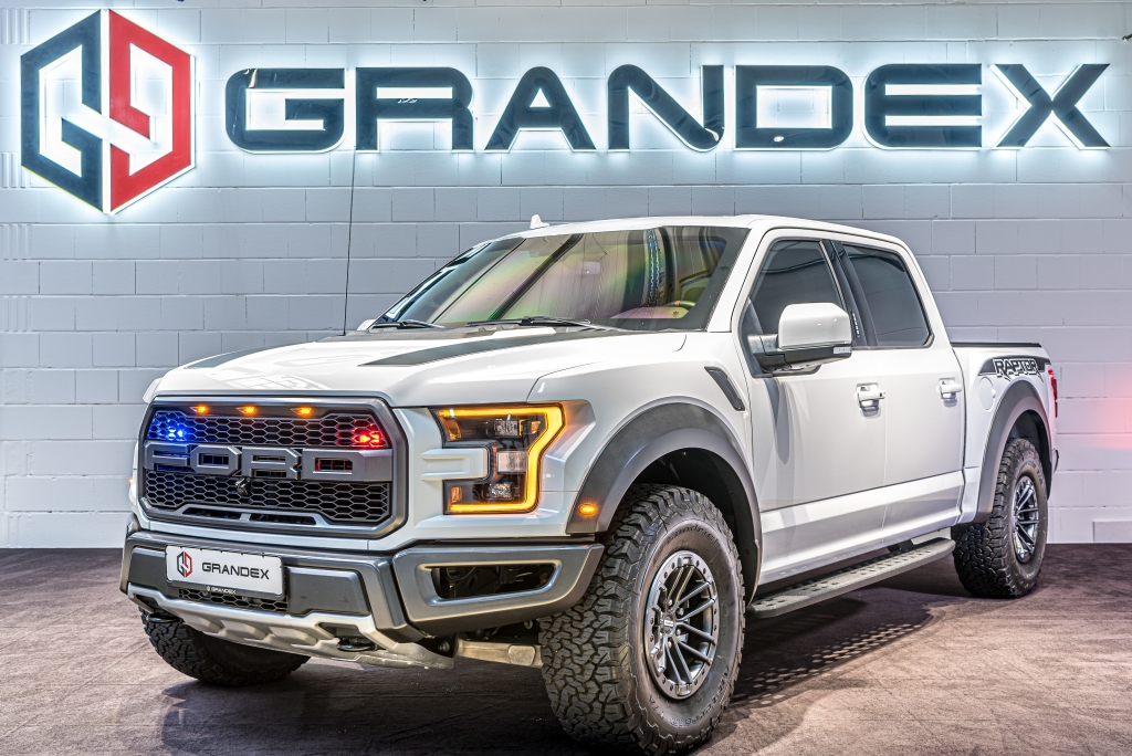 Ford F150 Raptor 3.5L*Armored B6*for Export from EU!